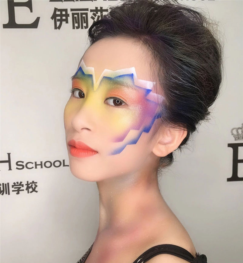 伊丽莎白学校高清喷枪化妆课程