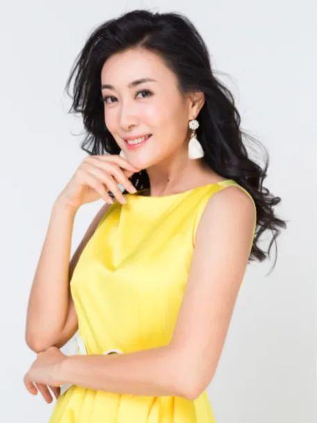 吕洁知名演员模特